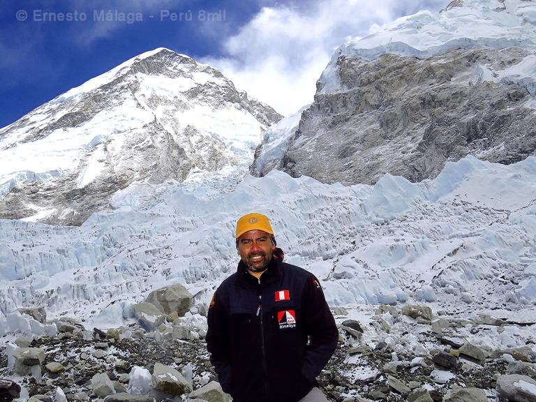 En el campo base del Everest. Retorno a los orígenes