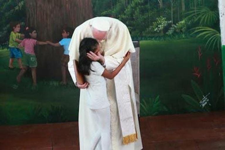 Desde su arribo al aeropuerto de Puerto Maldonado el afecto del pueblo de Madre de Dios fue la constante.