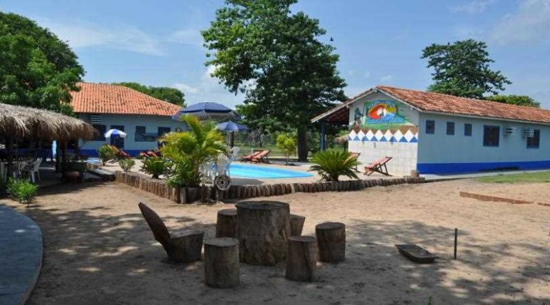 Pousada & Camping Santa Clara /  Pantanal