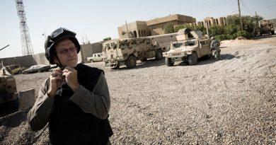Los afganos aman las flores /  Jon Lee Anderson